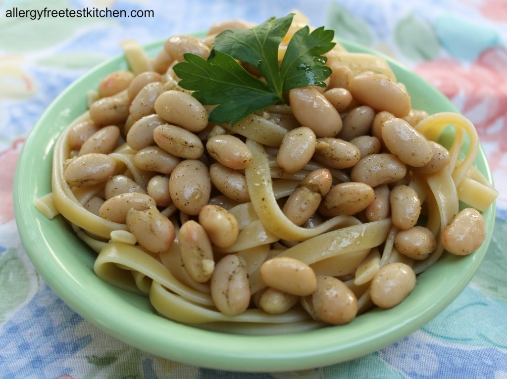 Blog-Garlic White Beans Noodles